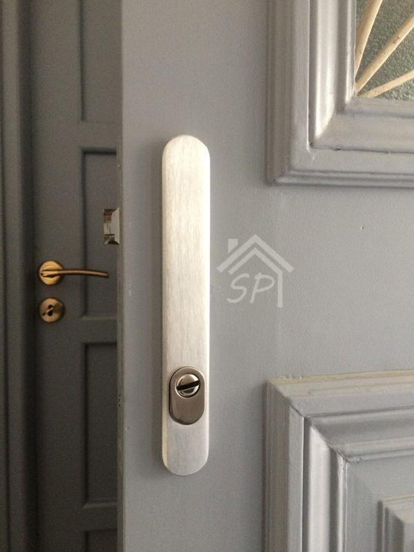 Κλειδαριά Defender για ξύλινη πόρτα