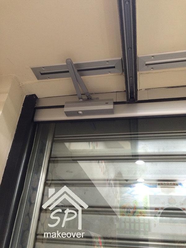 Μηχανισμός γυάλινης πόρτας